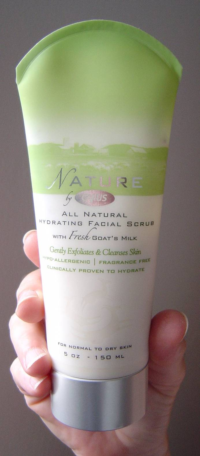 Nature by Canus Hydrating Facial Scrub
