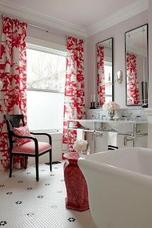 Decoración de baño rojo