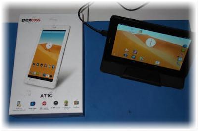 Evercoss AT1C, Tablet Murah 600 Ribuan Bisa TV