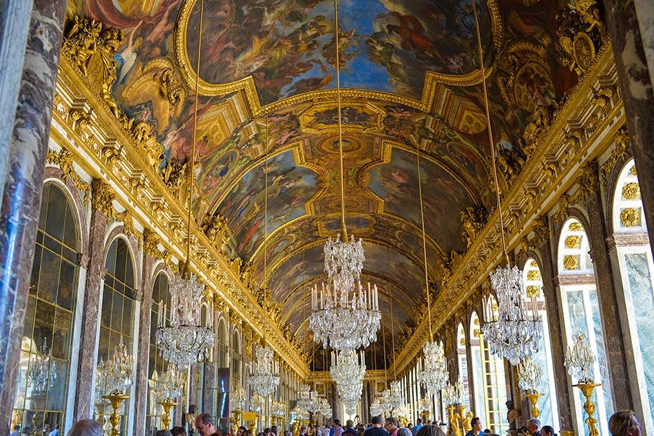 Agen? ia de dating Versailles.