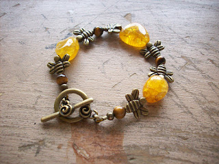 https://www.etsy.com/ca/listing/269421321/bumble-bee-bracelet
