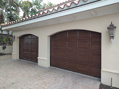 painting a garage door to look like wood