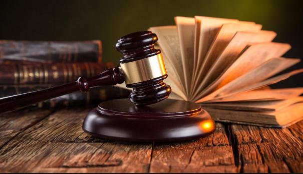 أفضل محامي شاطر في العراق