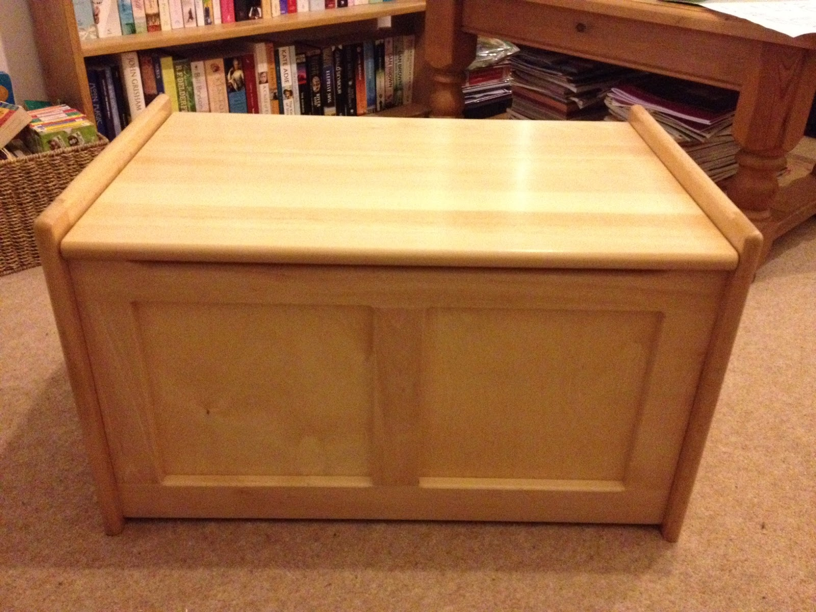 tidlo fsc natural toy box from john crane review sophia 39 s choice green family lifestyle. Black Bedroom Furniture Sets. Home Design Ideas
