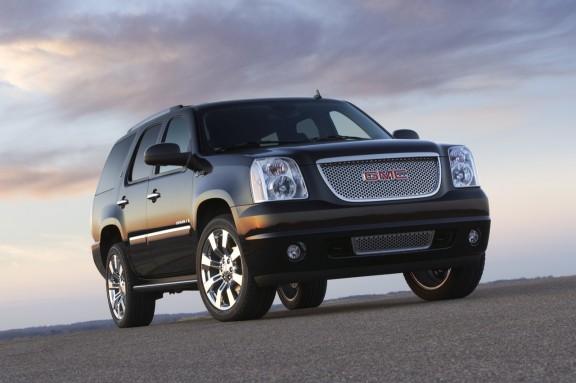 2012 GMC Yukon Denali in The World's Longest Yard Sale tour