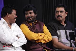 Ennodu Nee Irundhaal Tamil Movie Audio Launch  0089.jpg