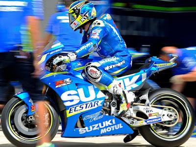Panas! Sesama Rider Suzuki Mulai Perang Podium