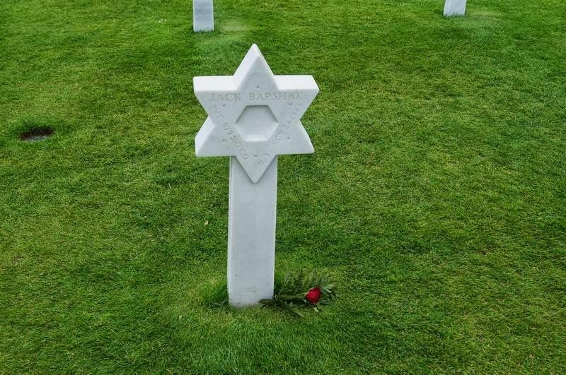cementerio de Coleville-sur-mer, cementerio cruces blancas, cementerio americano de las cruces, cementerio americano en Normandia, cruz de David