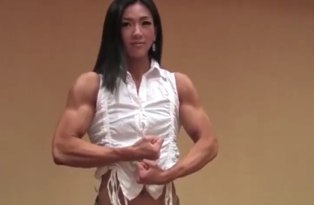 Clip Women bodybuilding leader in health and fitness