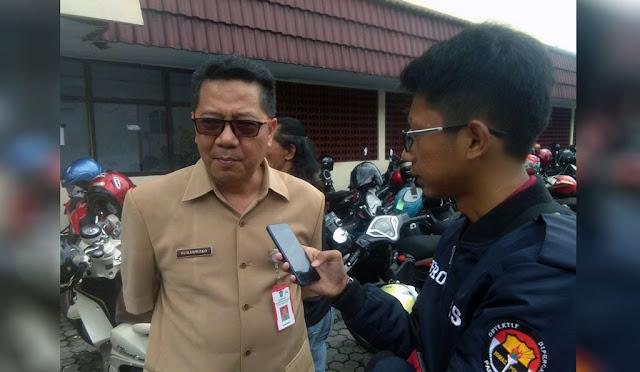 Kepala Disnaker Lumajang Drs. Suharwoko, M.Si