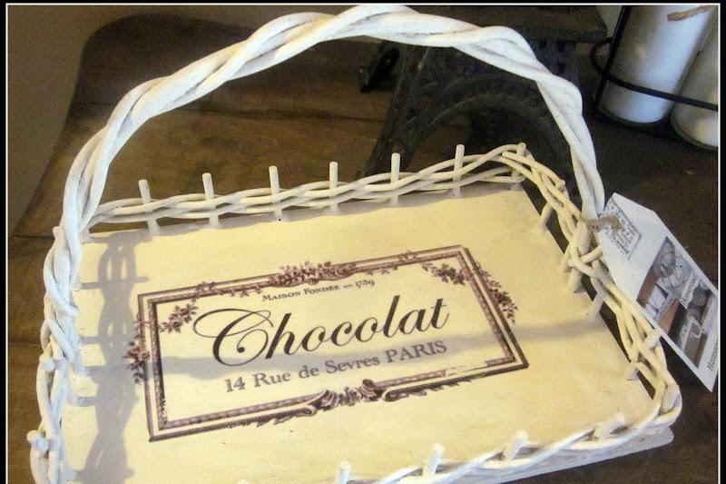 French Le Chocolat Basket
