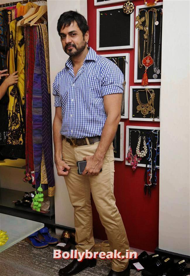 Vicky Idnani, Akanksha Agarwal at 'YOU Presents Resort Wear Collection'