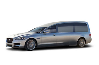 Limousine funéraire Jaguar