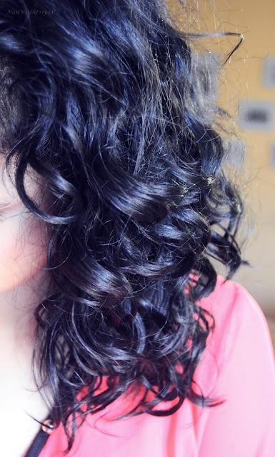 włosy | pielęgnacja | włosy kręcone | czarne | loki | pielęgnacja włosów | grzywka