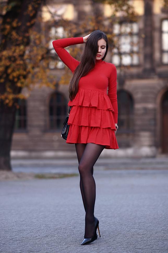 Glossy pantyhose red dress