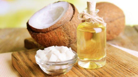 Uleiul de cocos e nemaipomenit, insa numai daca il cumperi pe cel potrivit: iata ce trebuie de ai in vedere
