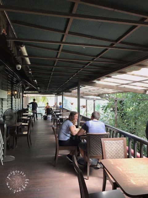 outdoor-seating-alfresco
