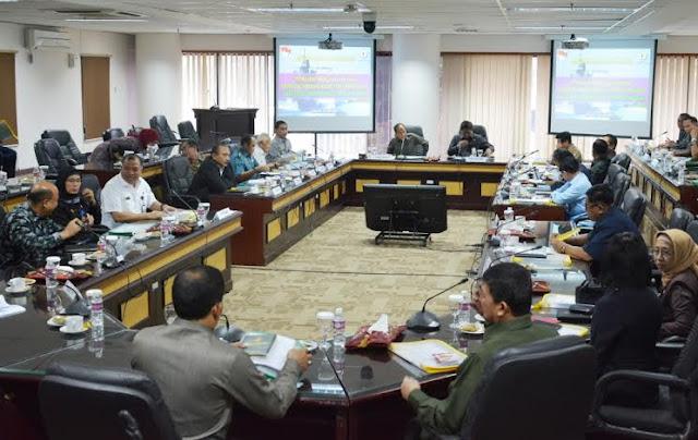 Kepala Bakamla RI Beberkan Peran Bakamla dalam Acara Round Table Discussion