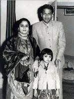 Orang tua Shahrukh Khan dan foto masa kecil adiknya