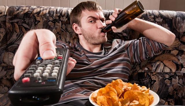 Ilustrasi kurangnya aktivitas fisik yang menjadi salah satu penyebab diabetes melitus