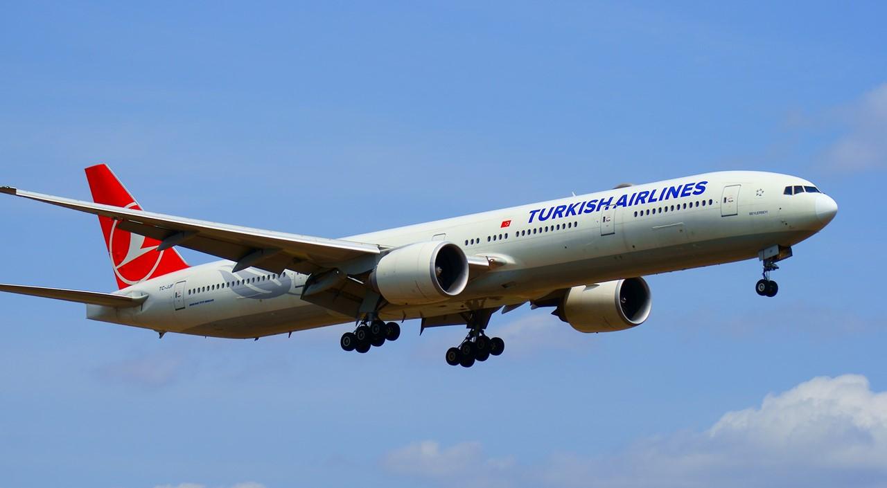 터키항공 B777-300ER