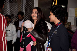 Aishwarya and Aaradhya Bachchan spotted at the Mumbai Airport