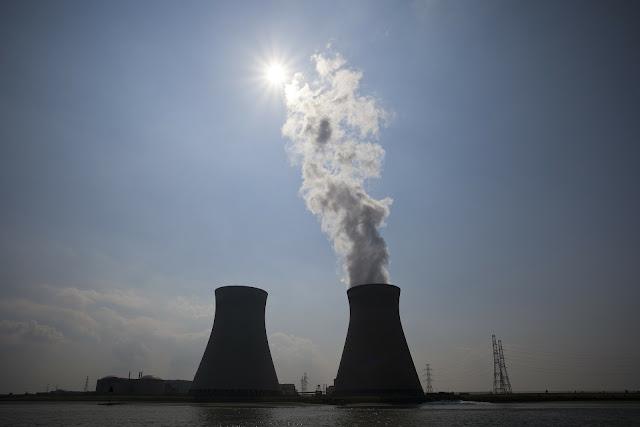 https://3.bp.blogspot.com/-reng5WJ18lc/WUpfp88MVqI/AAAAAAAADDM/rTYXjyctiQUnMvLGZVOBRMnCSQkUL6J2QCLcBGAs/s640/nuclear-power-plant-70893_1920.jpg