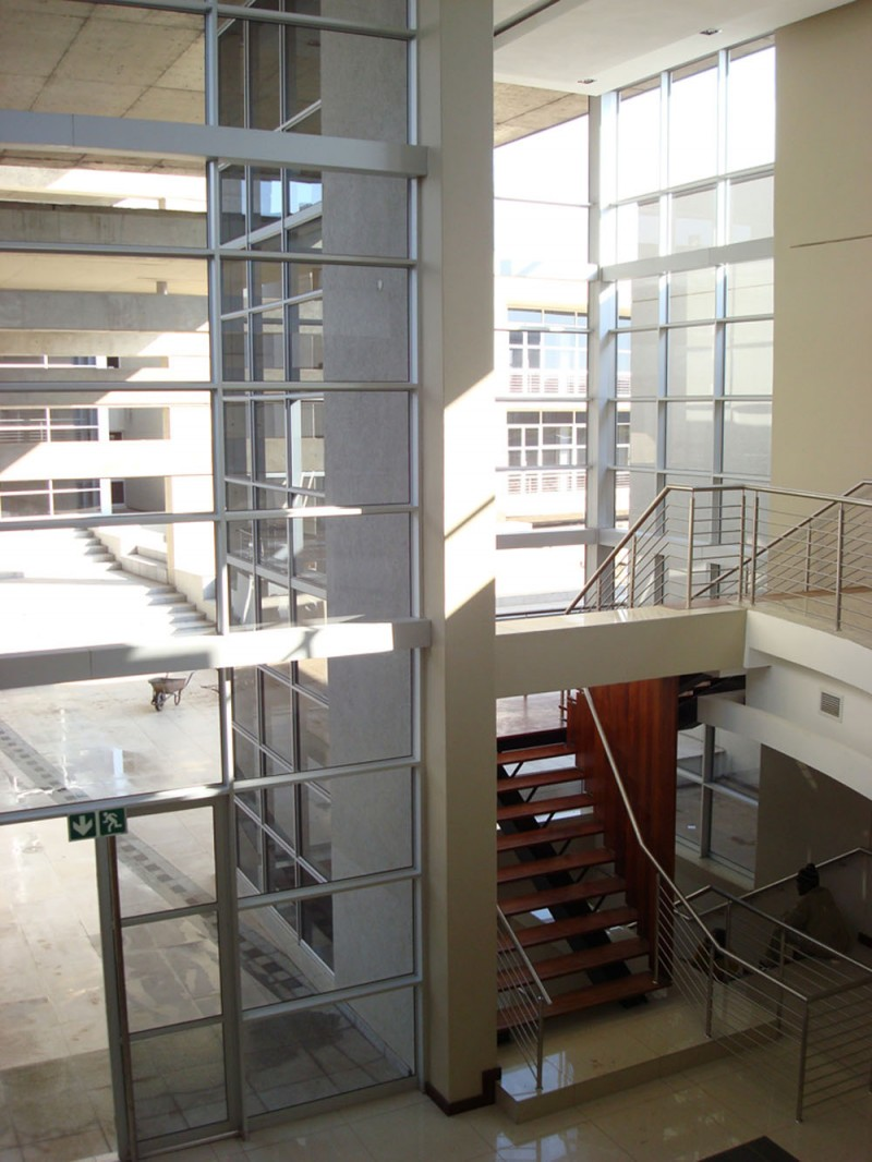 Economic Interior Design Ideas: Effective Models Defy Recession In Bedfordview, South