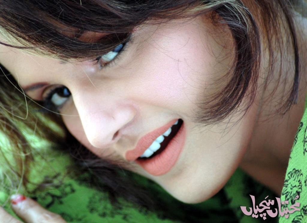 Pakistani Hot Mujra Maria Khan Hit Film Song Kari Kari -8002