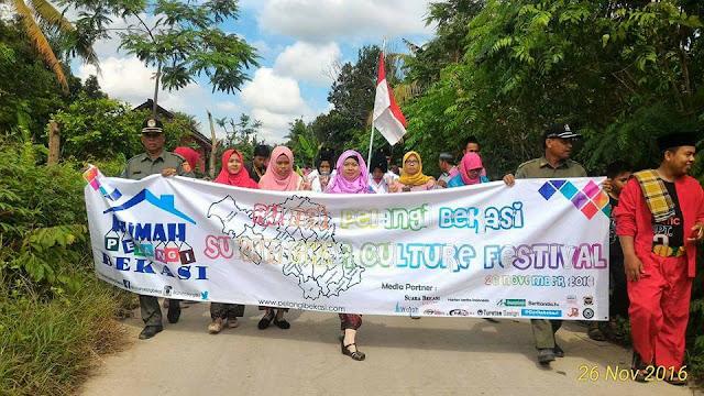 Peringati Hari Guru, Rumah Pelangi Helat Sukamekar Culture Festival
