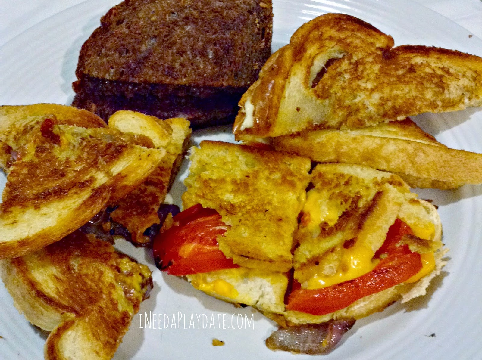Different types of grilled cheese | ineedaplaydate.com