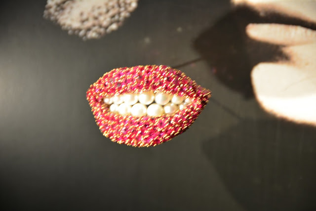 Dali Jewelry lip pearls
