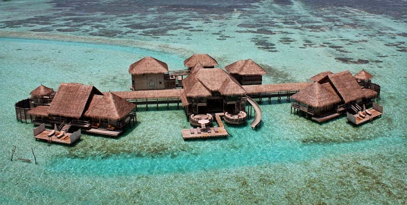 Sustainable materials were used to create this beautiful resort. - This Secret Paradise Can Be Only Accessed By A Boat… And WOW Is It Worth It!