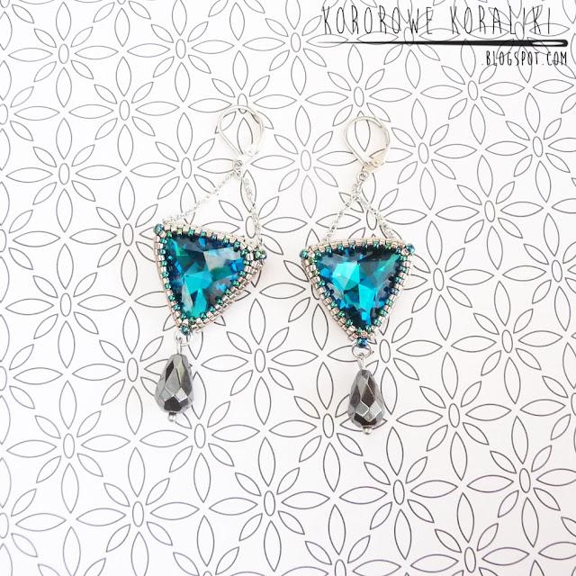 kolczyki beadingowe trójkąty z łańcuszkami | beading triangle earrings