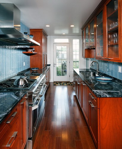28 Small Kitchen Design Ideas: Some Great Ideas To Turn Small Kitchens Into Galley