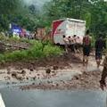 Banjir Mulai Surut, Empat Warga Tertimbun Longsor di Pacitan