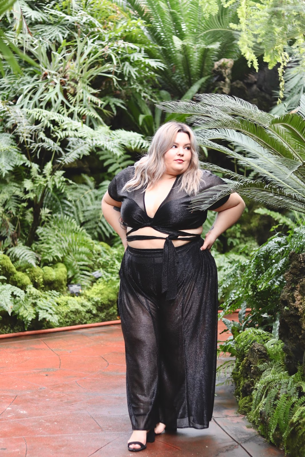 Chicago Plus Size Petite Fashion Blogger, YouTuber and model Natalie Craig, of Natalie in the City, reviews Premme by Gabi Gregg and Nicolette Mason