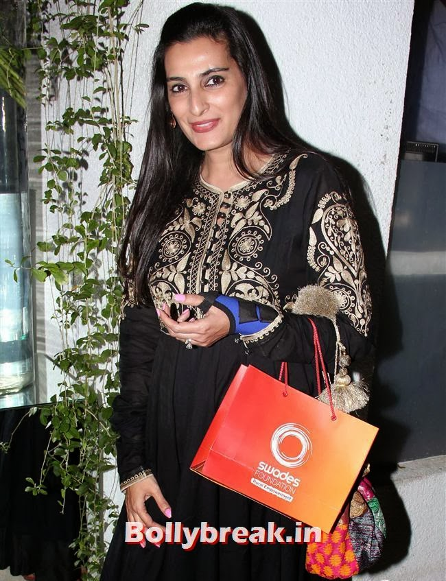Mana Shetty, Simone Khan Birthday Bash Pics