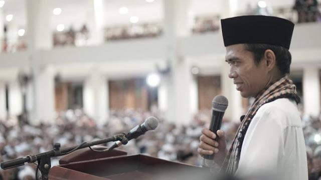 Saat Ustaz Abdul Somad 'Semprot' Akun Palsu