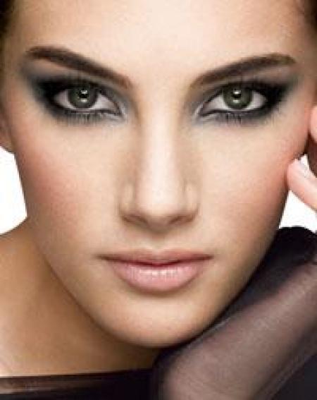 coiffurete dance maquillage de mari e pour yeux marron. Black Bedroom Furniture Sets. Home Design Ideas