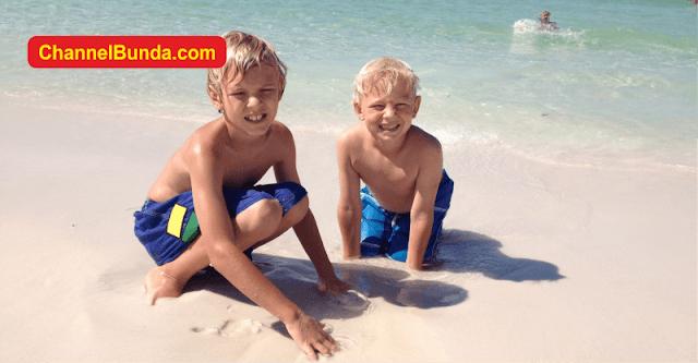 Ini 5 Manfaat Liburan di Pantai Bagi Kesehatan
