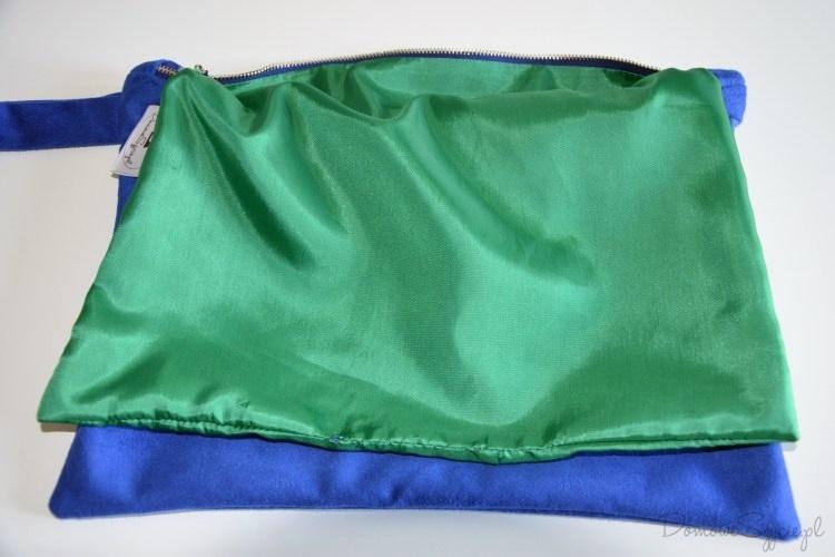 1add14d3672e8 7. Wywracamy torebkę na prawą stronę i ręcznie zszywamy otwór w podszewce.