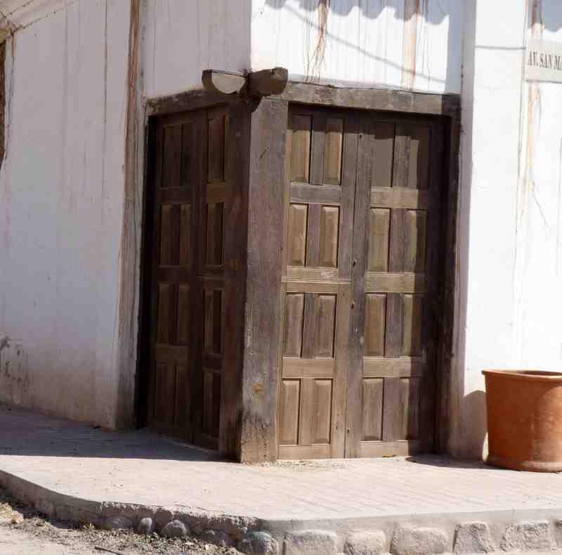 La rioja de la a a la z puertas coloniales del s xviii for Puertas coloniales antiguas
