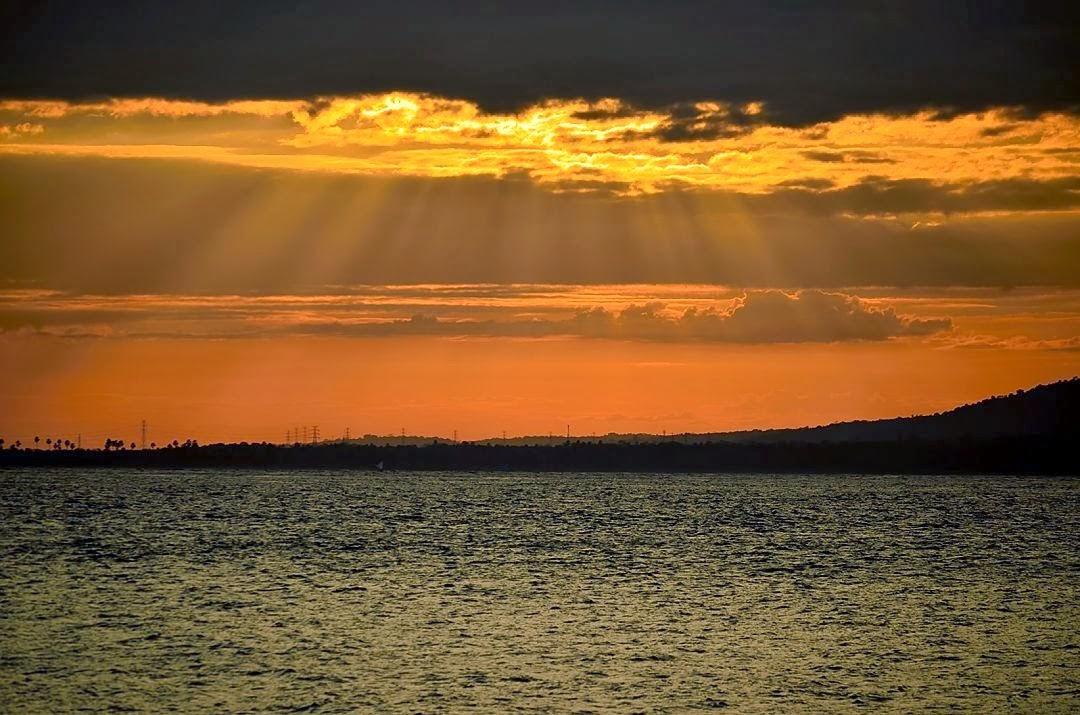 Sunset Di Pantai Watu Dodol