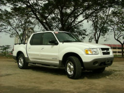Review 2000 Ford Explorer Sport Trac Carguide Ph Philippine Car News Car Reviews Car Prices