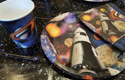 Space themed party tableware supplies review