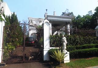 Rp.7.500.000.000 Rumah Mewah MURAH Full Furnish di Parahyangan Sentul City (Code:136)