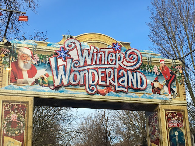 WINTER WONDERLAND ENTRANCE SIGN, LODON, 2017