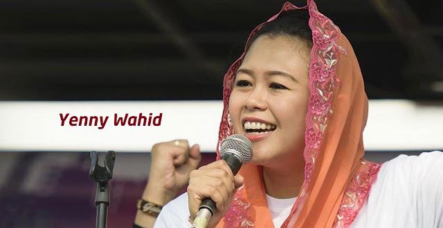 Gaya Berkerudung Ning Yenny Wahid Sering Diprotes, ini Jawaban Beliau