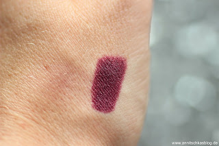 Review: CATRICE Update Produkte Herbst/Winter 2017 - Ultimate Matt Swatch - www.annitschkasblog.de
